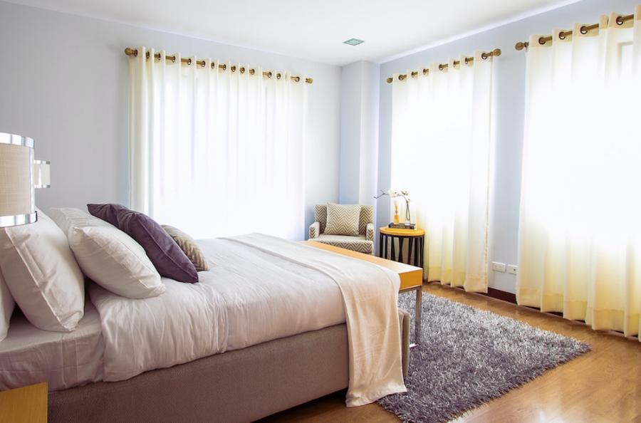 How to Put Grommets into Curtains