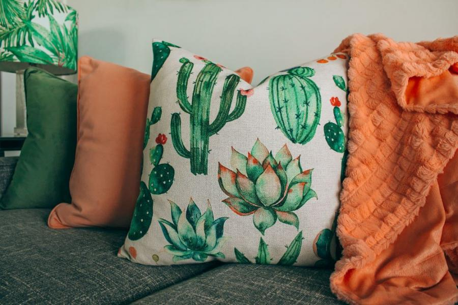 Easy Tips for Sewing Pillows