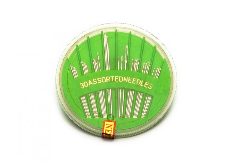 Assorted Hand Sewing Needles in Compact (30 ct.)