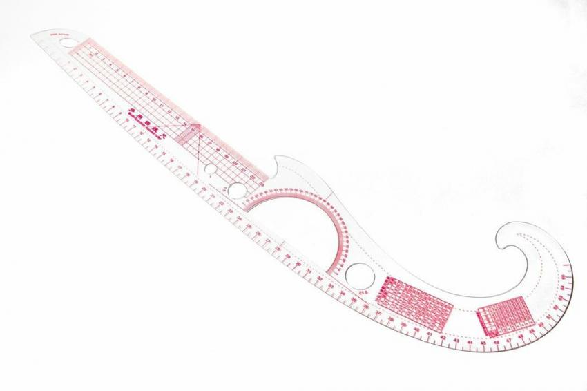 Multi-Function Curved Ruler (Metric)